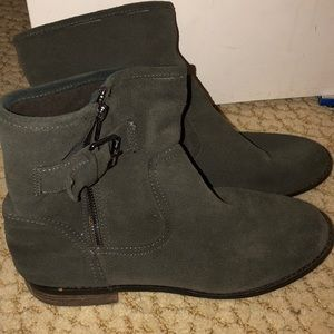 Green suede motorcycle boots